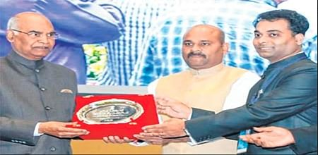 Ujjain: Collector receives award from President for schemes for elderly