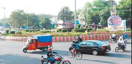 Bhopal: Crossing Mata Mandir square is akin to risking one's life: Residents