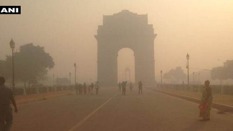 Delhi smog: CISF issues 9,000 masks to personnel on duty at Metro, IGI airport