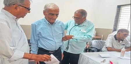 Ujjain: Free medical camp for senior citizens on Older Persons Day