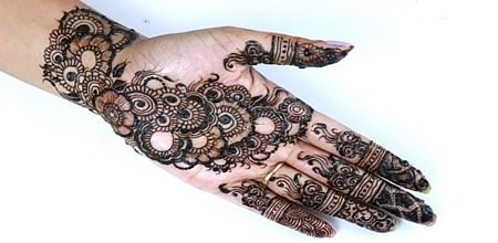 Bhopal: Women staffers marked 'absent' as they come with henna on hands!