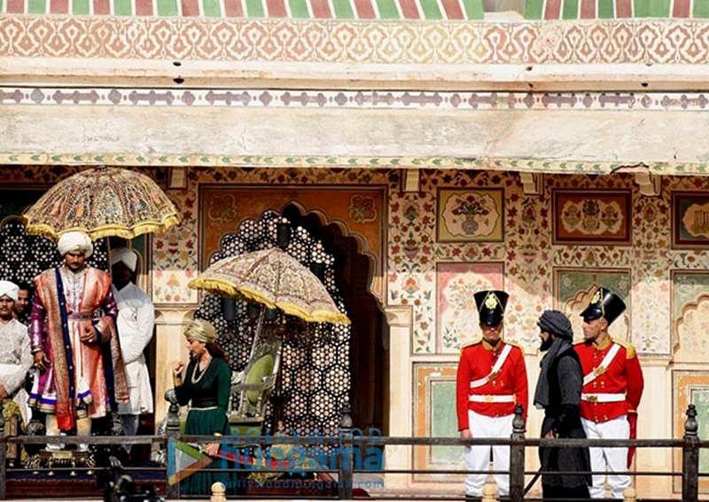 Sneak Peek: Kangana Ranaut looks epic in the warrior look of 'Manikarnika: The Queen of Jhansi'