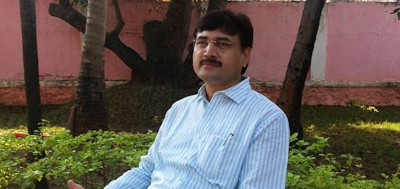 Mumbai: Chief Minister bows to local politicos, MBMC chief Naresh Gite transferred