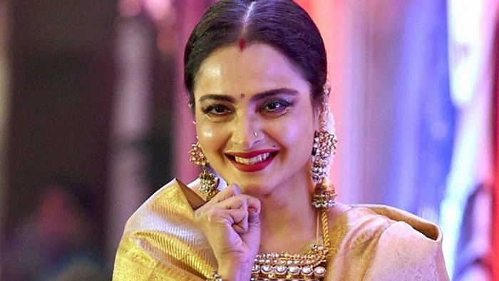 Rekha says, Smita Patil a far better actor than me