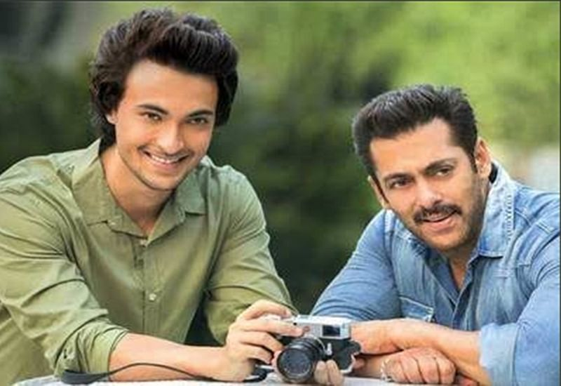 WOW! Salman Khan to launch his brother-in-law Aayush Sharma in a love story