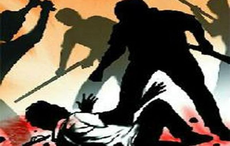 Thane: Two policemen injured in mob attack in Kalyan