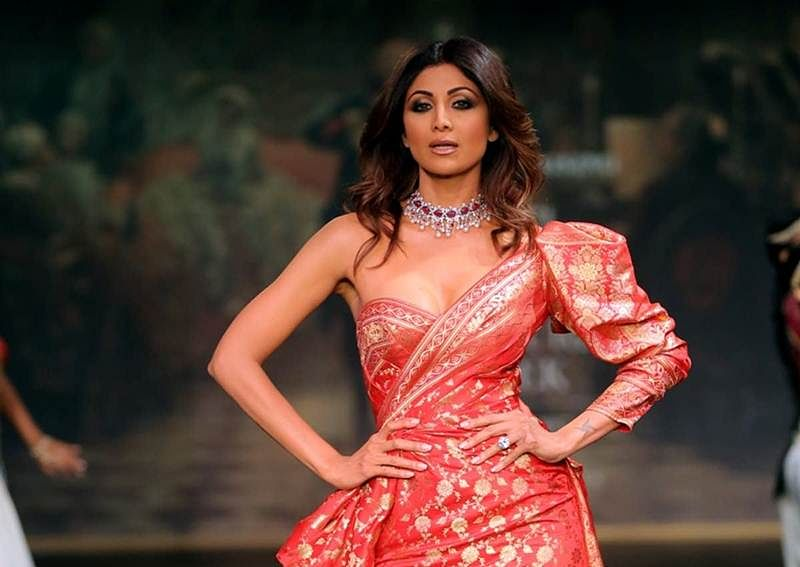 Shilpa Shetty urges office goers to stay fit