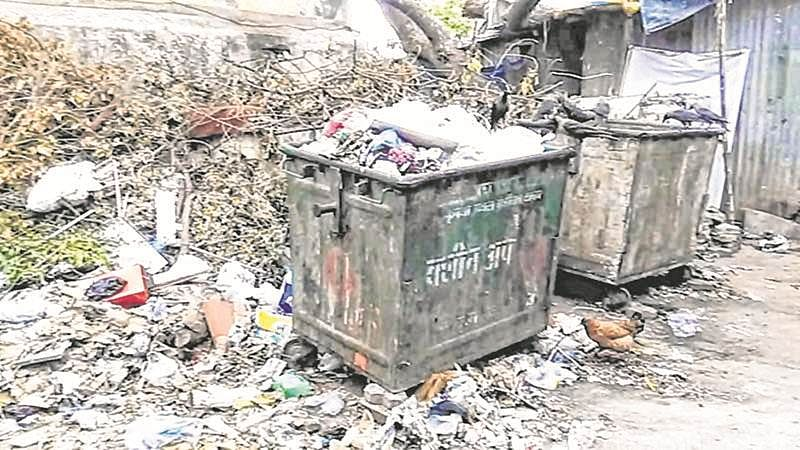 Mumbai: Looking to teach lesson, BMC refuses to clear garbage of Wadala society