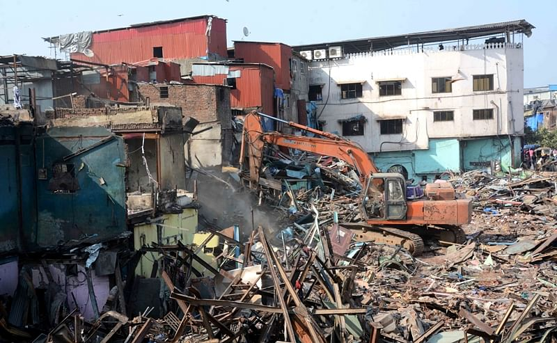 Mumbai: BMC undertakes demolition drive at Crawford Market