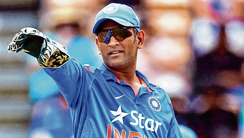 Dhoni plays 'Captain Cool', deflects criticism with elan