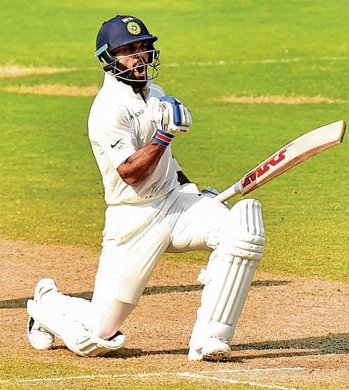 Kohli moves up to No 5 Test rankings