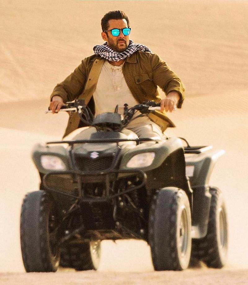 Tiger Zinda Hai: Check out Salman Khan riding quad bike in Abu Dhabi's Liwa Desert like a boss!