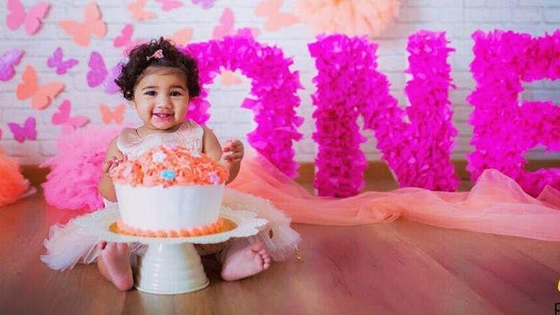 Wow! Allu Arjun debuts on Instagram on daughter Arha's birthday, posts cute picture