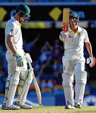 Oz on brink of 1st Ashes Test win after England crumble