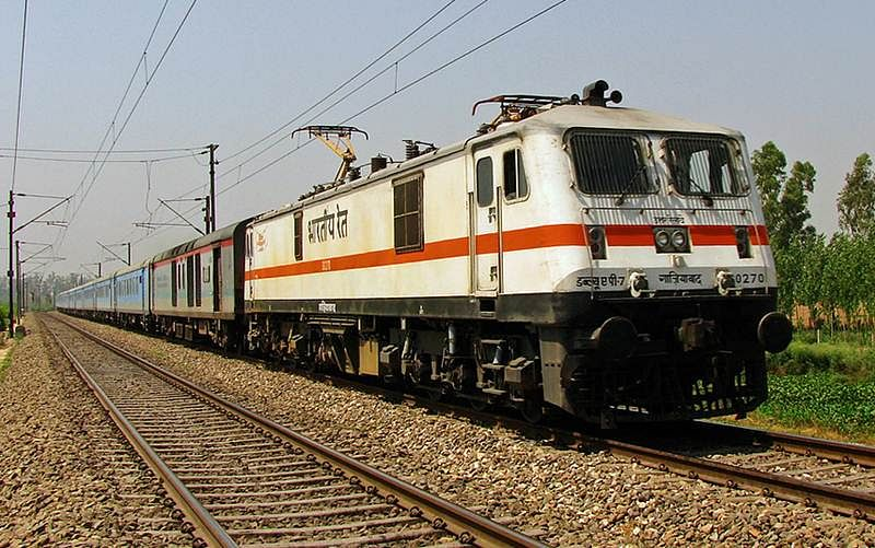 Loco pilot notices rail fracture in time, averts mishap