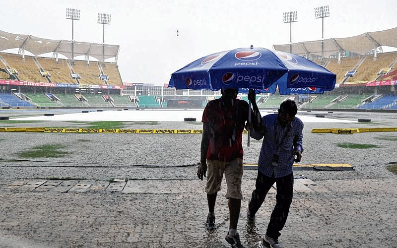 England blames crammed calendar for choosing Lanka tour in rainy season