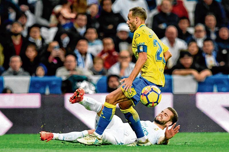 Real Madrid roll over Las Palmas