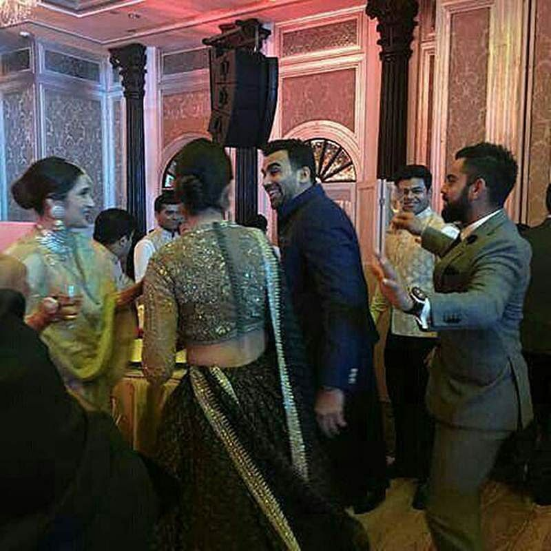 Watch: Anushka Sharma-Virat Kohli dance their hearts out at Zaheer Khan-Sagarika Ghatge's reception!