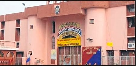 Central govt sitting on proposal of CISF cover for Bhopal jail