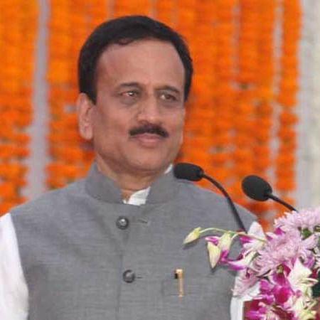 North Maharashtra - Girish Mahajan's tall claims fail in region, NCP improves performance