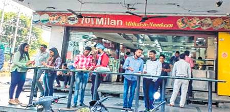 Bhopal: Reduced GST rates make food lovers happy