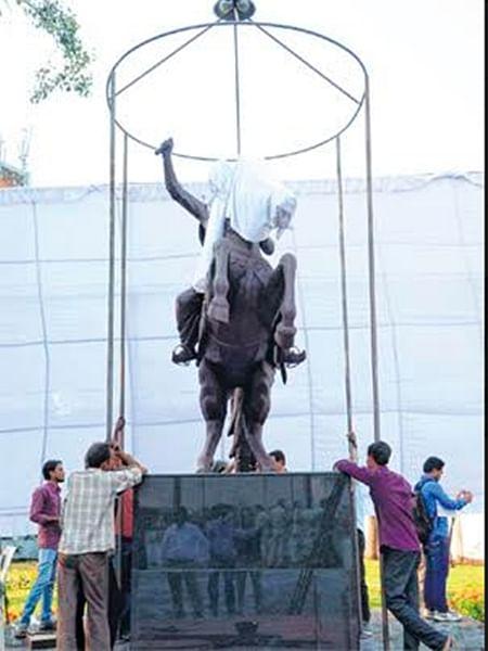 Bhopal: Saffron shadow on Prez visit; BJP state chief, SC Morcha head to share dais