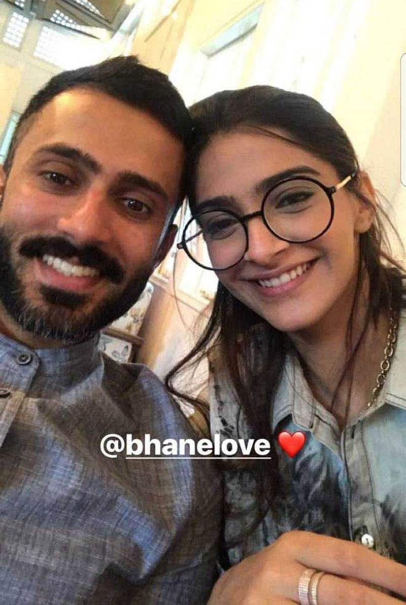 Check out: Sonam Kapoor and Anand Ahuja make a cute pair in this photo