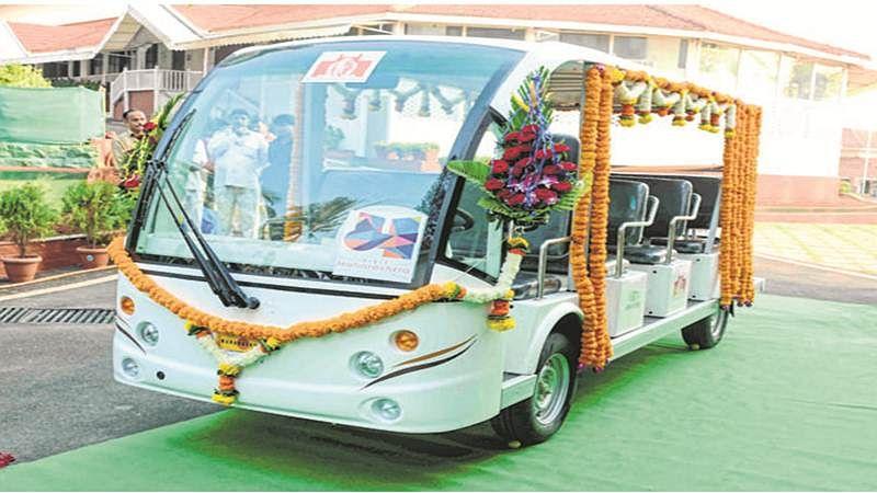 Mumbai: MTDC launches eco-friendly vehicle to tour Raj Bhavan