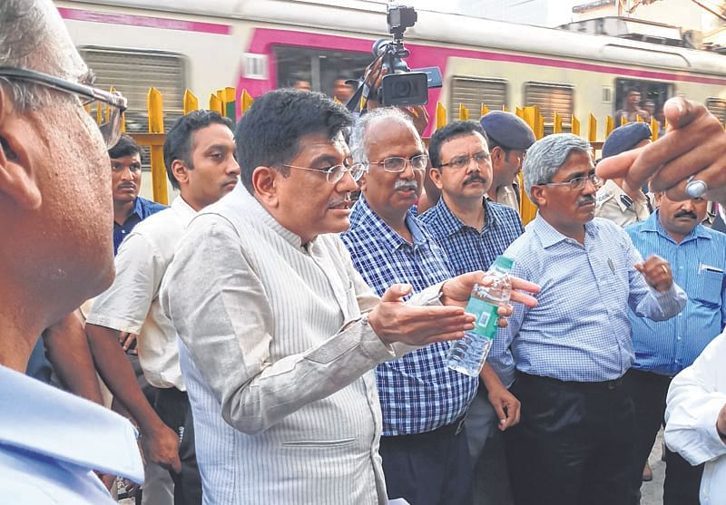 Railway Minister Piyush Goyal assures Elphinstone FOB to be ready by January 31