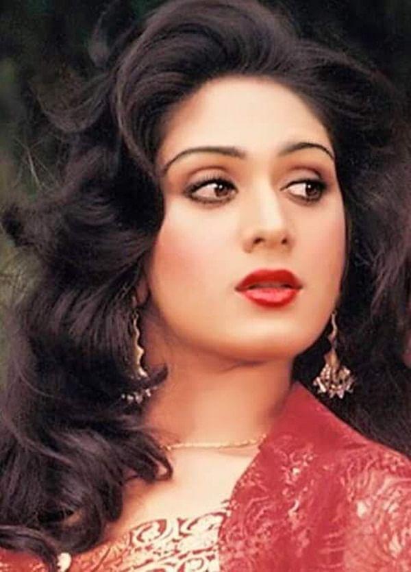 Happy Birthday Meenakshi Sheshadri! The grace of the 80's!