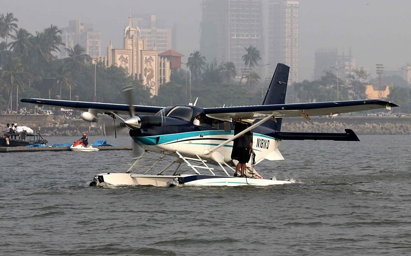 Mumbai: Union minister Nitin Gadkari invites Japanese firm to make seaplane