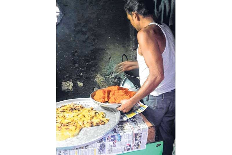 Government moots empowering civic bodies to seal illegal eateries