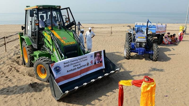 Wow! Amitabh Bachchan gifts tractor, excavator to Afroz Shah for cleaning up Mumbai's Versova beach
