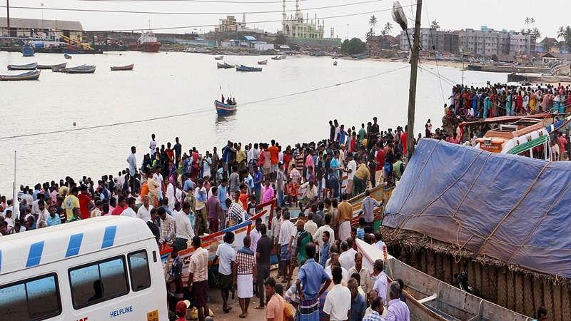 Cyclone Ockhi: Indian Navy traces 9 Kochi fishermen off Lakshadweep