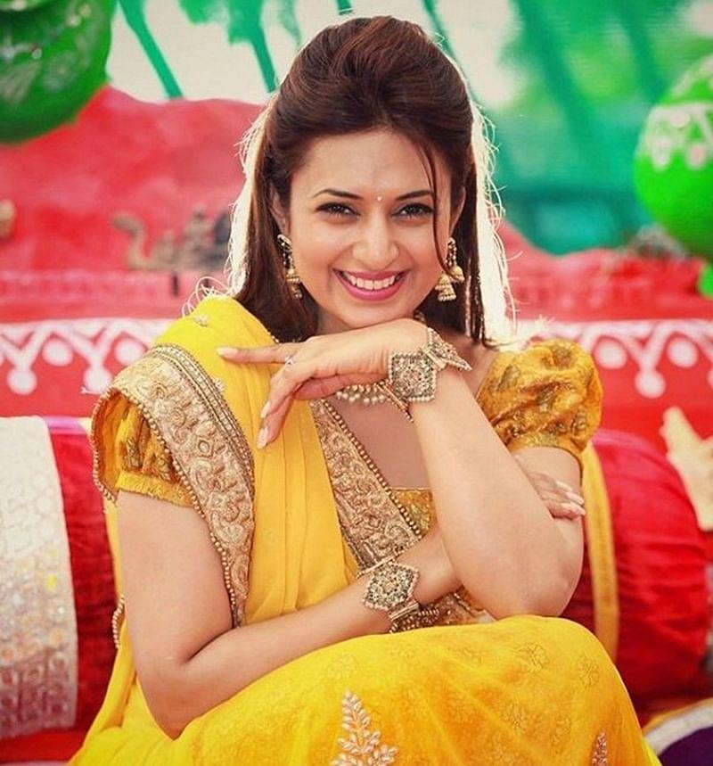 Divyanka Tripathi Birthday Special: Top 10 Instagram pictures of Yeh Hai Mohabbatein's 'Ishita'