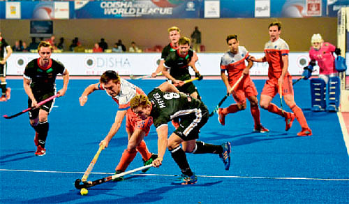 Argentina to face India in semis; Germany advance