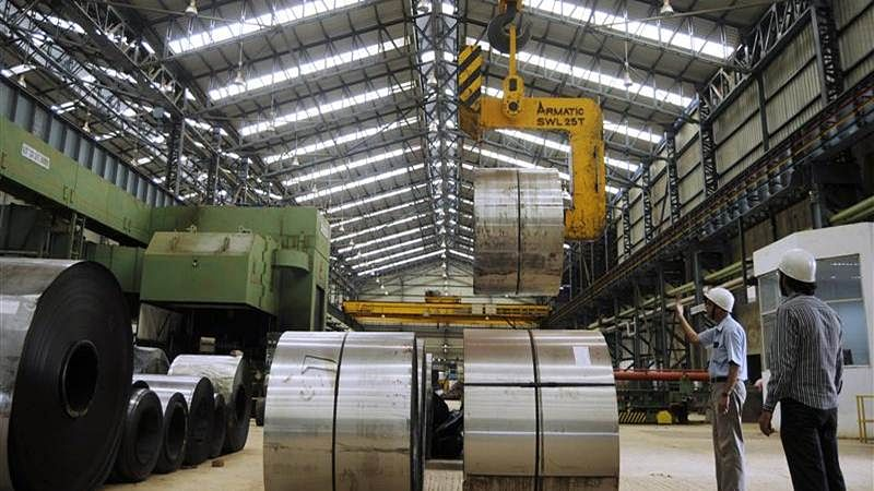 Eight core industries' output contracts 15% in Jun