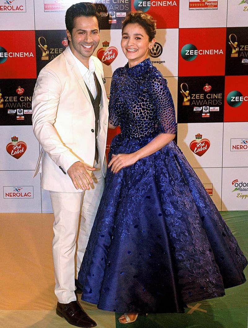 Varun Dhawan and Alia Bhatt pose at the 'Zee Cine Awards 2018' event in Mumbai on Tuesday evening. PTI Photo