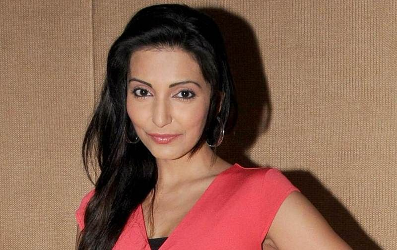Navina Bole's husband against her playing negative roles