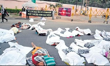 Run Bhopal Run on 33rd anniv of gas tragedy kicks up row