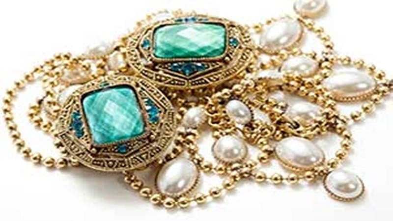 Gems and jewellery exports contract 4.8 pc in April-November