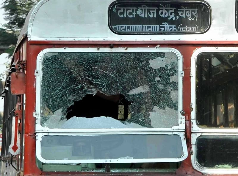 Maharashtra Bandh: No school buses running in Mumbai, BEST buses attacked