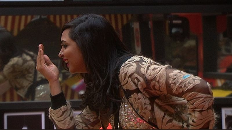 Bigg Boss 11: Arshi Khan is back with yet another twist; Day 100 drama