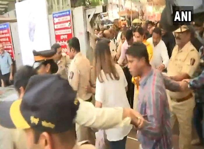 Padmaavat: Deepika Padukone visits Siddhivinayak temple in Mumbai to seek divine intervention