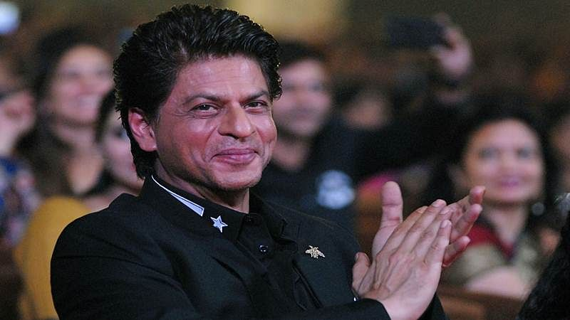 Shah Rukh Khan becomes most searched celeb on Wikipedia, beats Leonardo DiCaprio, Tom Cruise