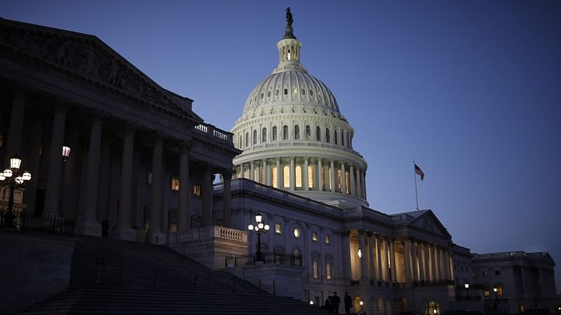 US government to shut at midnight as Congress, Donald Trump fail to reach deal