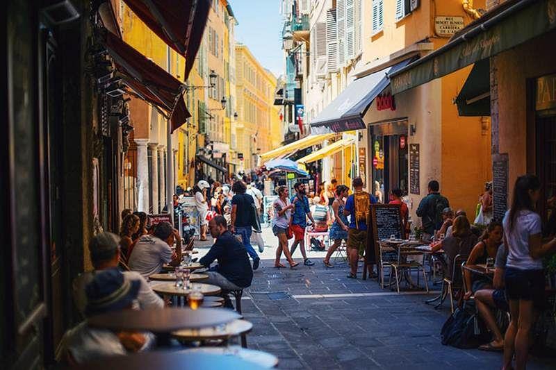 Street province France