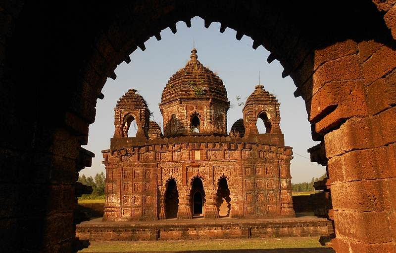 Wonderful terracotta temples of Bishnupur will leave you enchanted