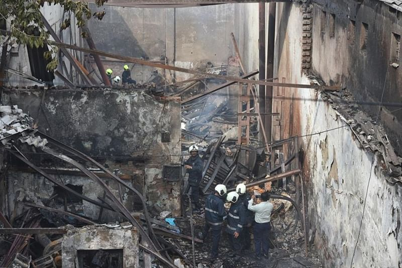 Mumbai: Part of slab of old MHADA building collapses in Andheri; four rescued