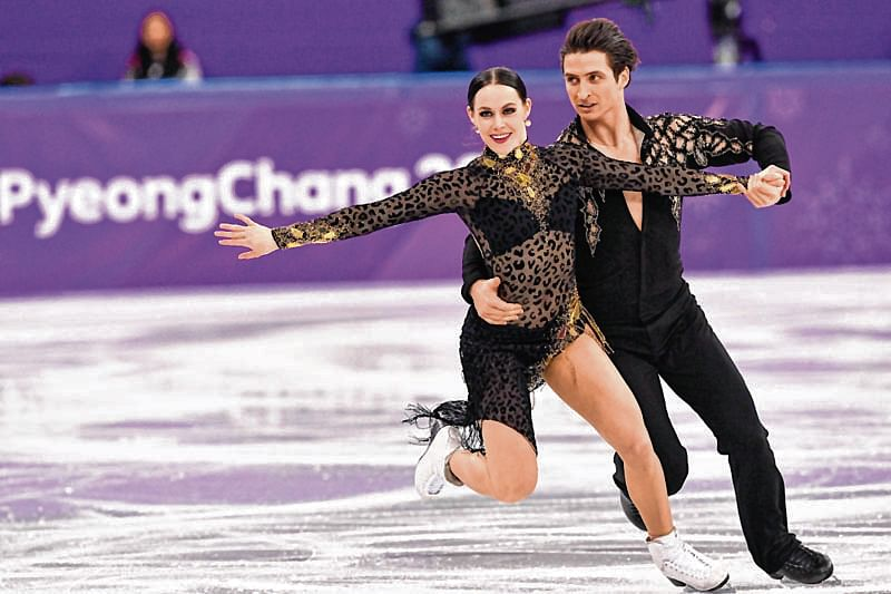 Canada's Virtue and Moir set new ice dance world record